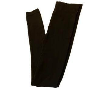 🌺2/$20🌺NWT Stretch Leggings Smooth Fabric !!!